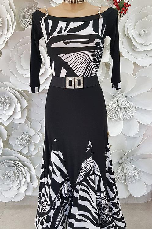 Completo Black and White
