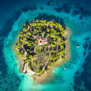 6 Luxury Islands To Get Married On