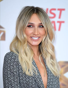 2_Megan-McKenna-recently-got-her-lip-fil