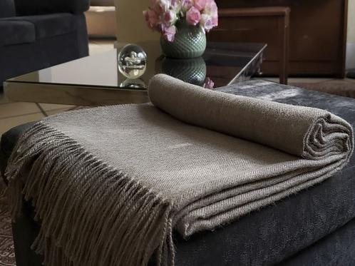 100% Baby Alpaca Blanket Sand. Made in Peru.