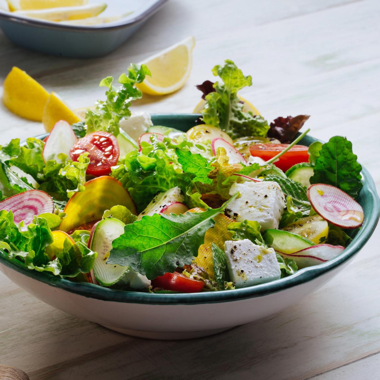 Salada verde fresca com Feta