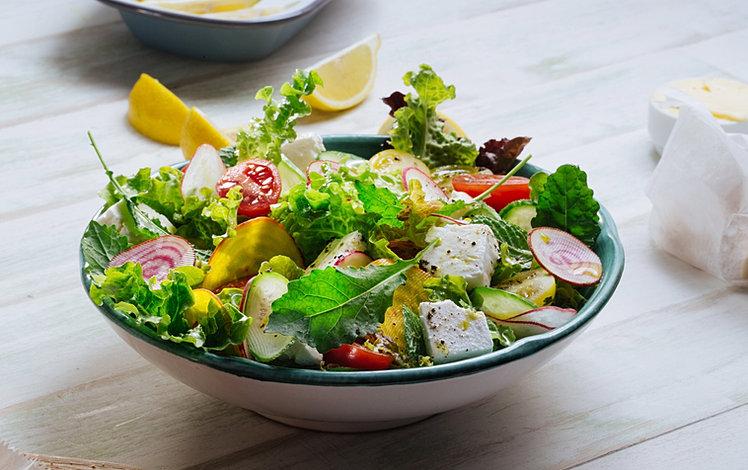 Зеленые Салаты Для Диеты. Овощные диетические салаты для похудения: рецепты с огурцами, капустой, яйцами