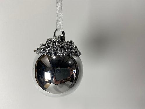 Winters Tale silver beaded ball