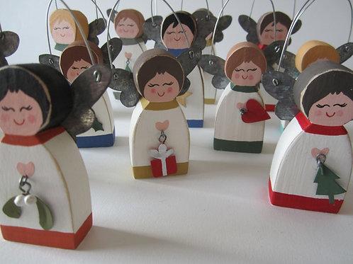 Shoeless Joe Wooden Choir Figures