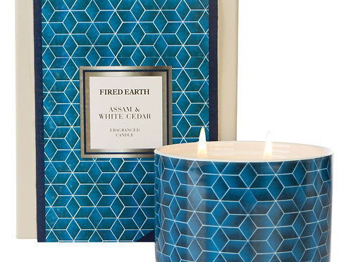 Fired Earth Ceramic Candle Lge  -Assam & White Cedar