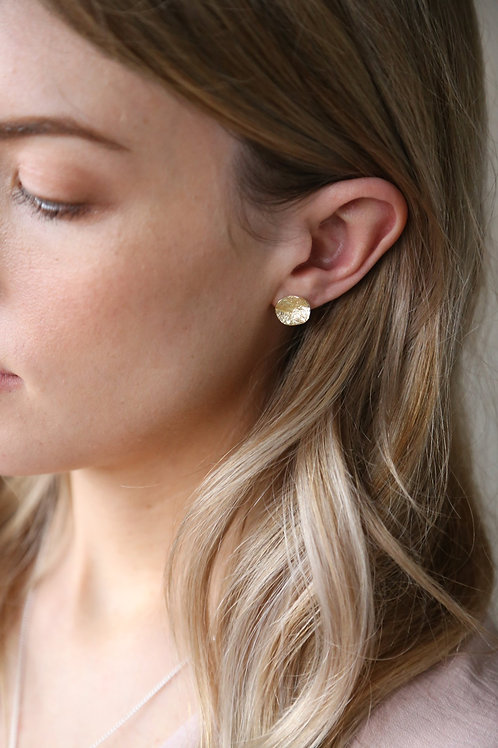 Shell Earring Gold