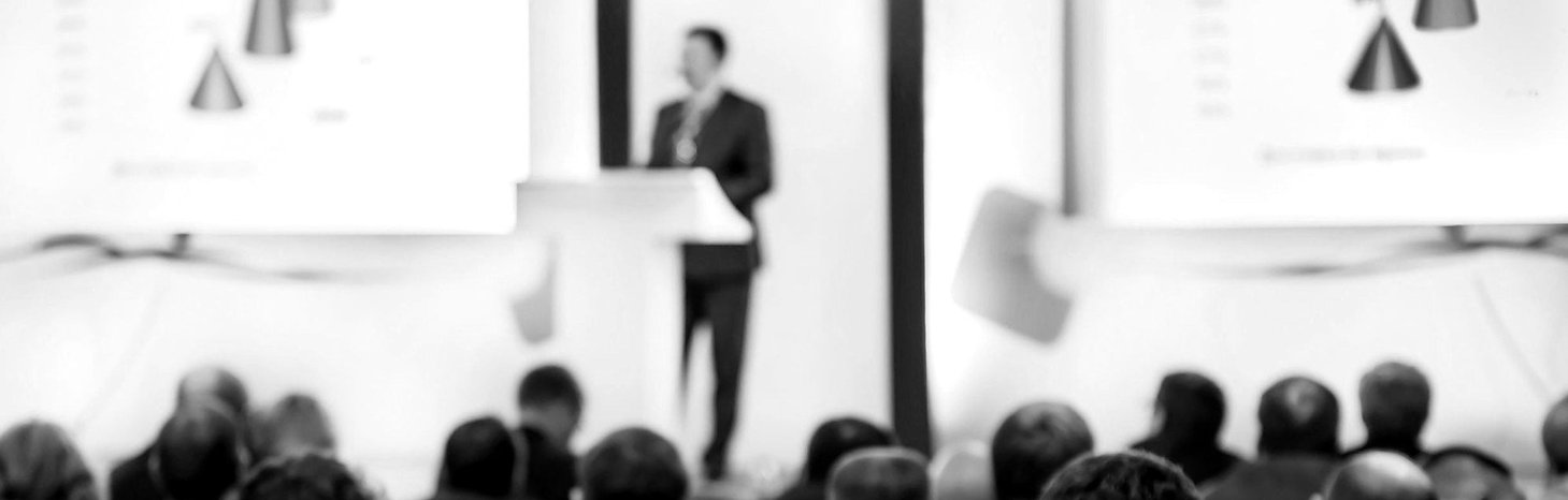 investment-Conference-speaker_edited.jpg