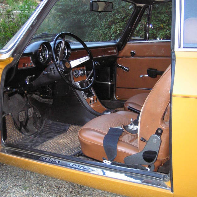 Original seats and interior