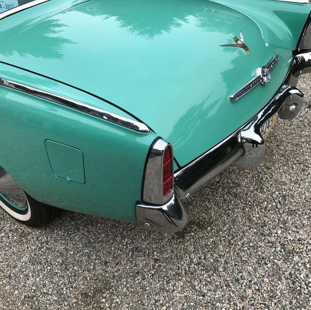 Straight rear fender lines