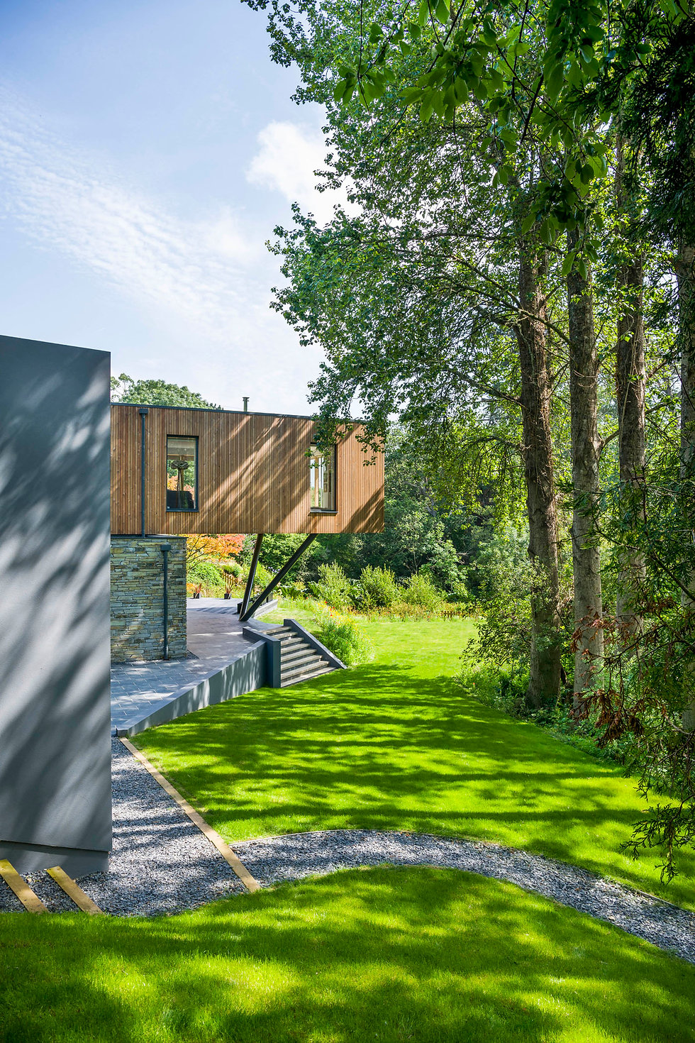 KAST Architects - Sylvania - Cantilever in context