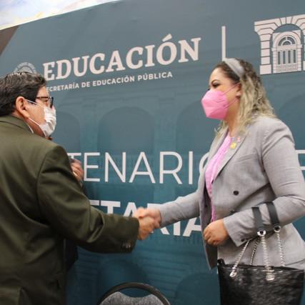 Acude Yesi Reyes a la conmemoración del Centenario de la creación de la SEP