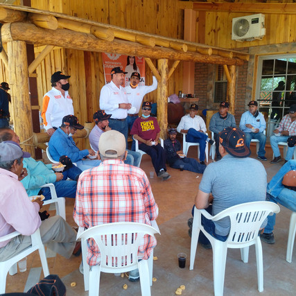 Taxistas de Nuevo Casas Grandes se suman  al proyecto que encabeza Javier Mendoza