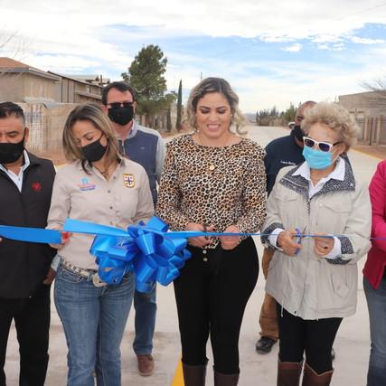 Entregan  obra de pavimentación en Casas Grandes