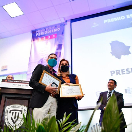 Encabeza Gobernadora entrega del Premio Estatal de Periodismo