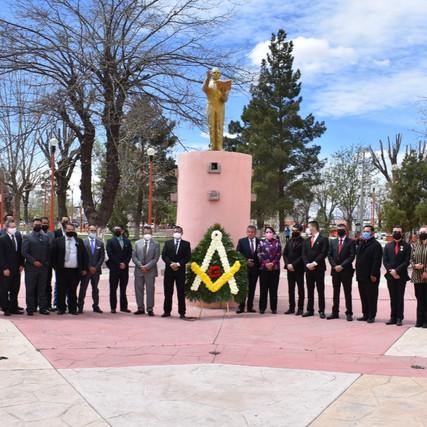 CONMEMORA GOBIERNO MUNICIPAL DE NUEVO CASAS GRANDES 215 NATALICIO DE BENITO JUÁREZ