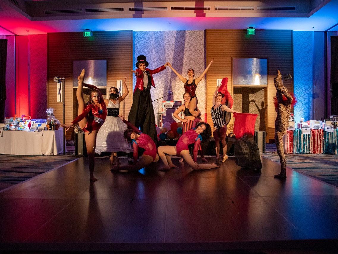 Cirque Style Entertainment