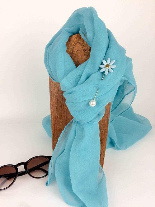Margarita azul claro y perla