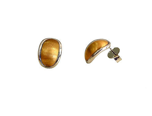 Earring two gold