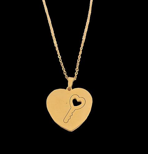 Corrente 45 cm com coração e chave no meio  em aço inox