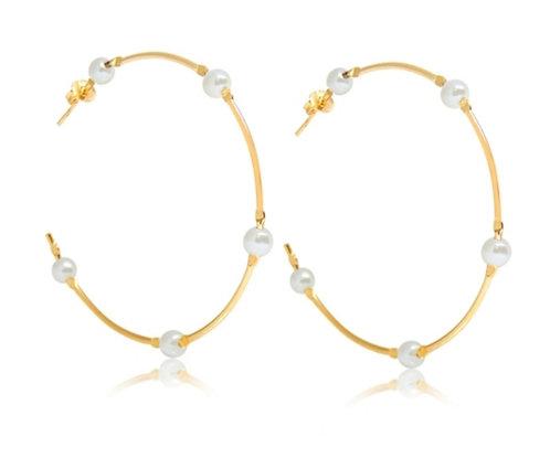 Hoop with 5 pearls