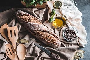 crispy-homemade-whole-grain-baguette-pic