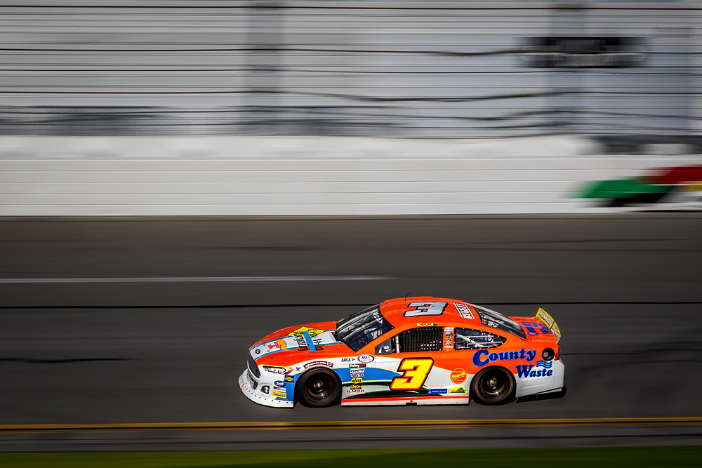 County Waste and Crow Wing Recycling back Mullins at Daytona
