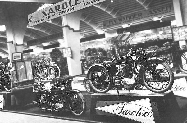 Salon de Bruxelles in 1929 on the Saroléa booth, 23H, 23K, 23D, 23E among others