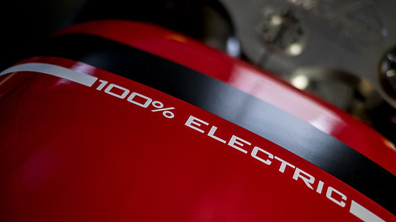 100% electric tank