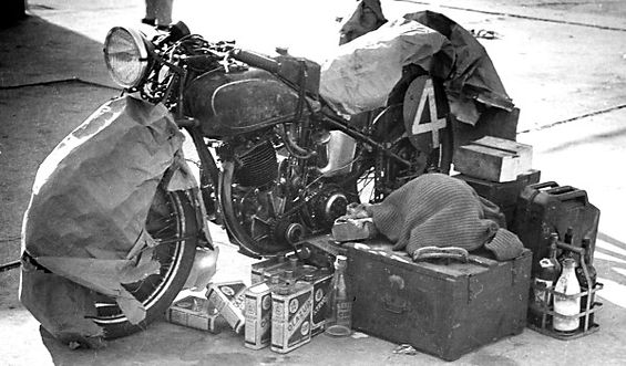 Venin's 500cc Sarolea on the grid of the Bol d'Or in 1949