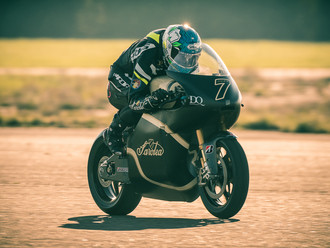 Saroléa chases podium in the TT Zero with its electric Superbike