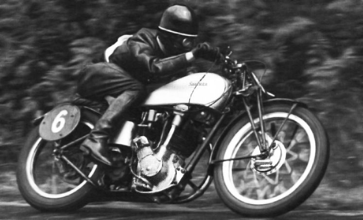 Gilbert De Rudder, alias Grizzly, on his Saroléa 350cc ACT in 1937 at Spa-Francorchamps