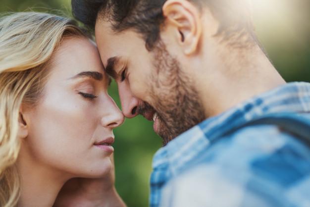 Dating peloissaan mies