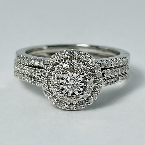 10kt White Gold Diamond Engagement Ring Set