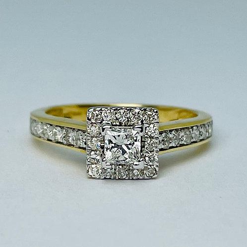 14kt Gold Princess Cut Diamond Engagement Ring Set
