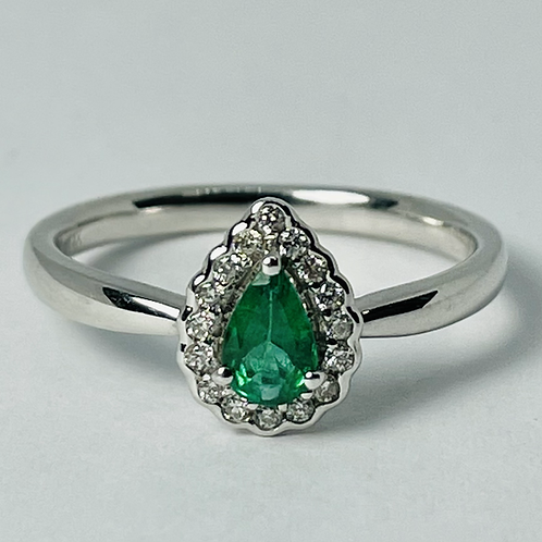 14kt White Gold Emerald & Diamond Ring