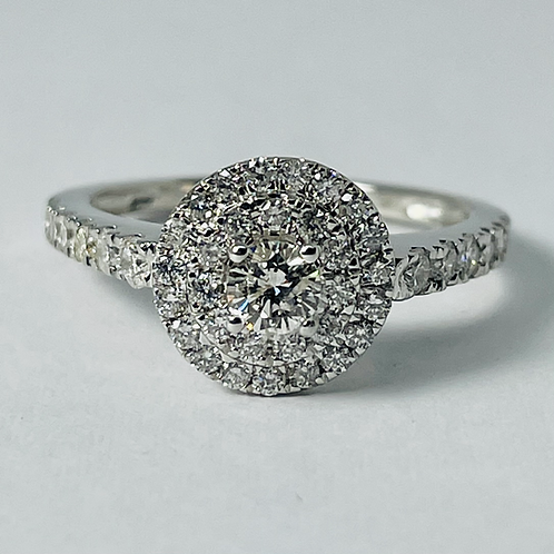 10kt White Gold 1.00ctw Diamond Engagement Set