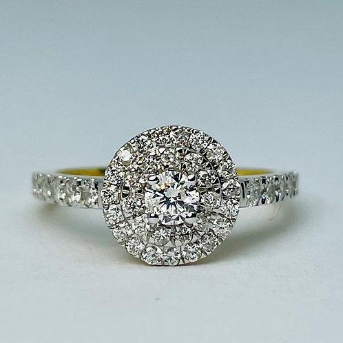 10kt Gold 1.00ctw Diamond Engagement Ring Set