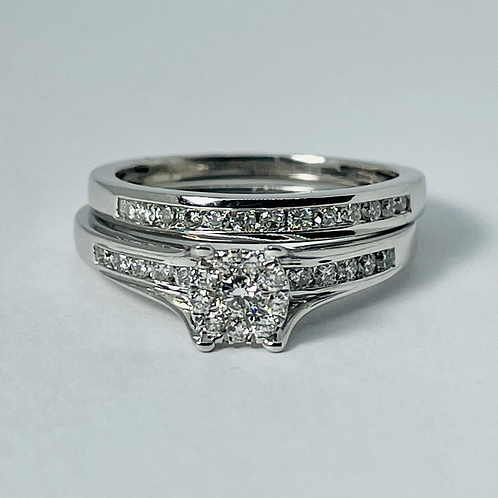 14kt White Gold 1.00ctw Diamond Engagement Set