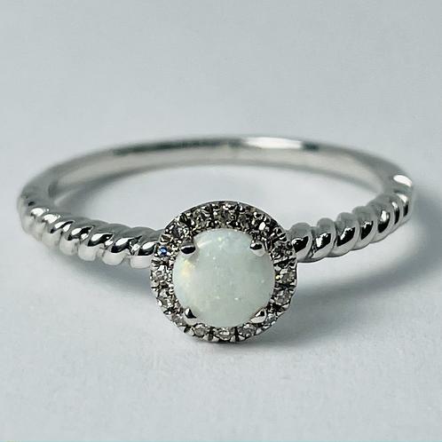 10kt White Gold Opal & Diamond Ring