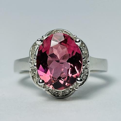18kt White Gold Pink Tourmaline & Diamond Ring