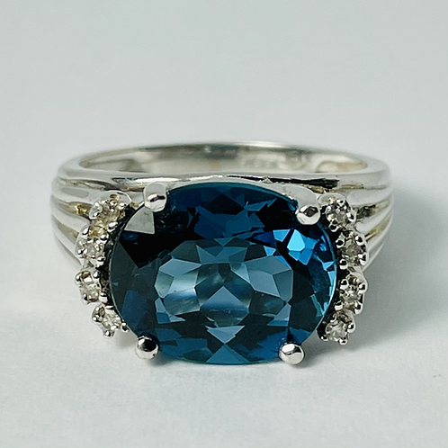 14kt White Gold Blue Topaz & Diamond Ring
