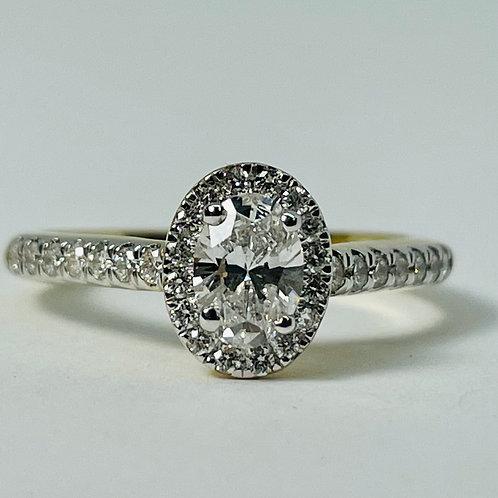 14kt Gold 1.00ctw Oval Diamond Halo Engagement Ring Set