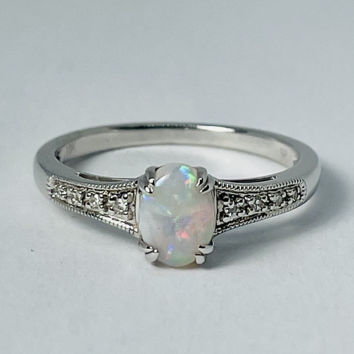 10kt White Gold Opal & Diamond Ring
