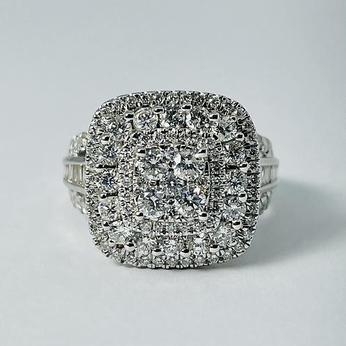 10kt White Gold 2.00ctw Diamond Engagement Ring