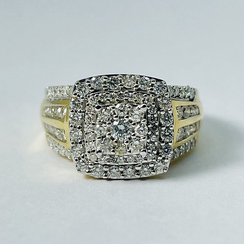10kt Gold Diamond Halo Engagement Ring