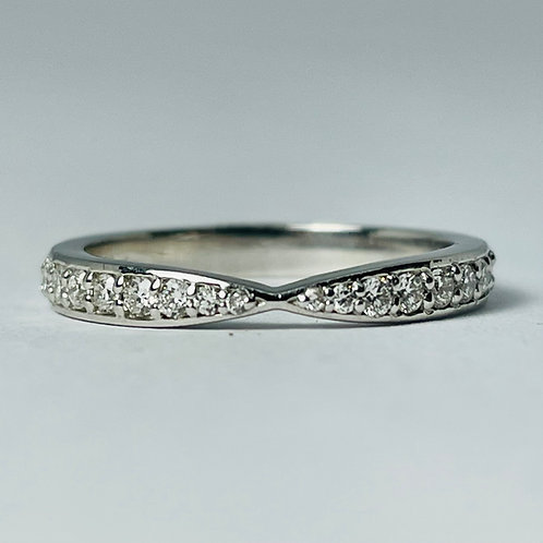 14kt White Gold Pinched Diamond Band, 0.24ctw