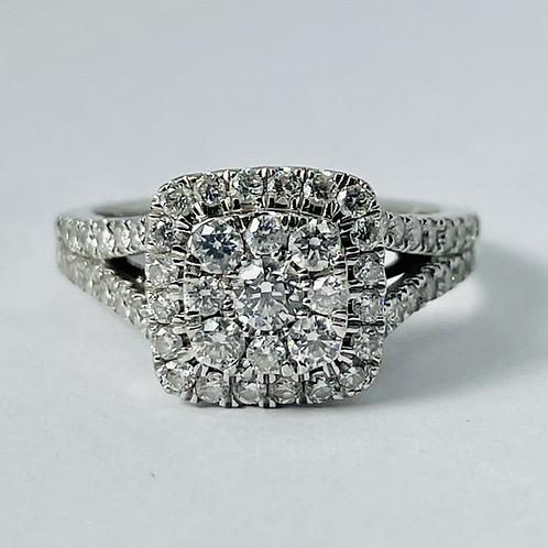 10kt White Gold 1.00ctw Diamond Halo Engagement Ring