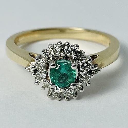 10kt Gold Emerald & Diamond Ring