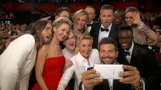 ¿Cuántos selfies te tomas al día? ¡Cuidado!, tal vez padeces de selfitis