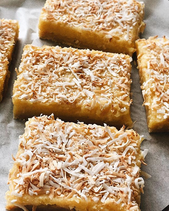 🍋 Lemon Coconut Chess Bars! 🍋